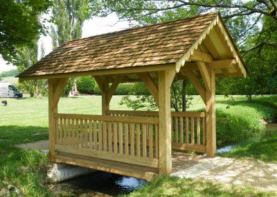 Queen Jubilee memorial bridge